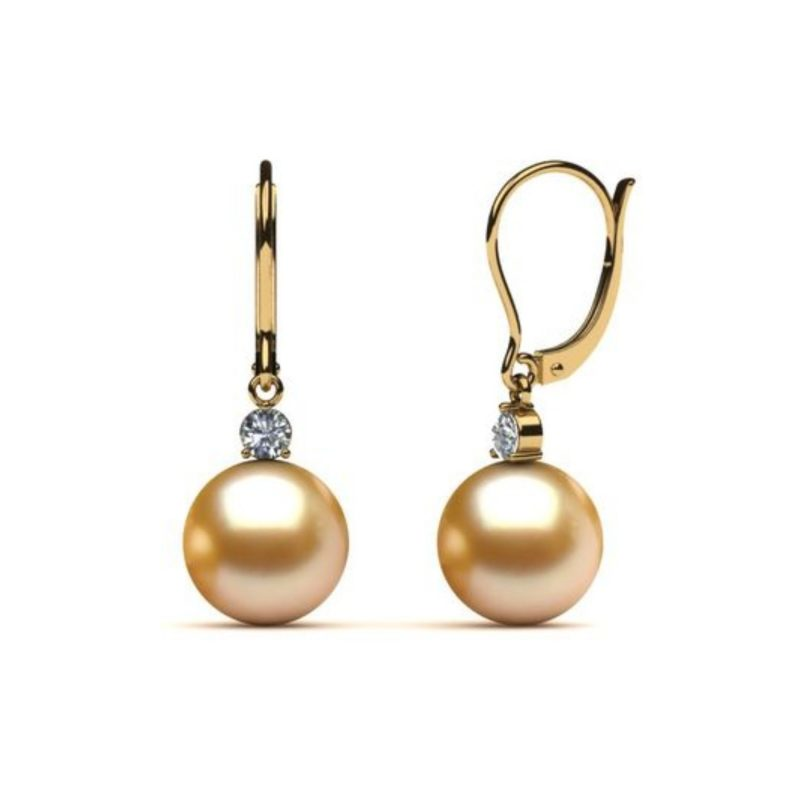 Pearl Earring